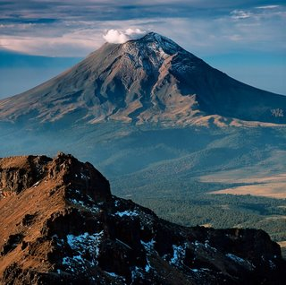 Imagem do Popocatepetl in: http://www.motecuhzoma.de/popocatepetl.jpg